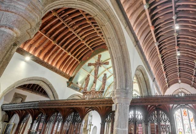 Erco lighting in Plympton St Maurice Church