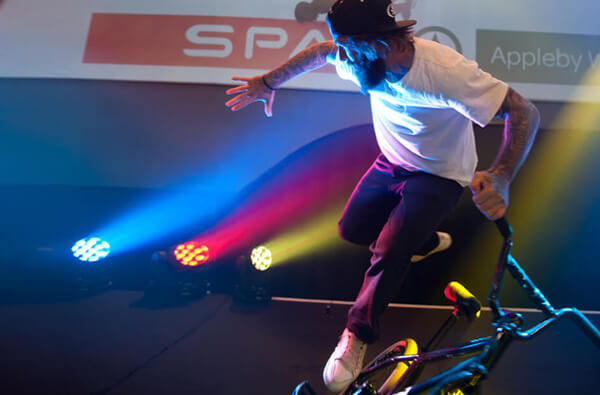 Entertainment act at SPAR tradeshow event