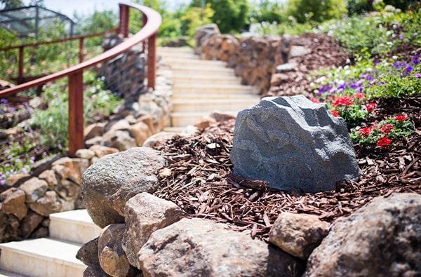 rock garden speaker