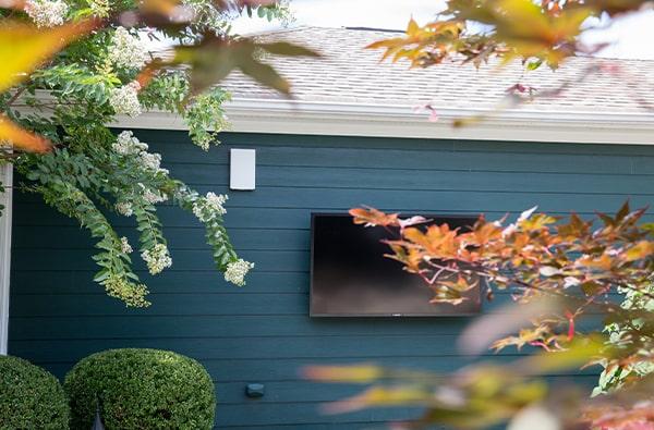 outside garden tv