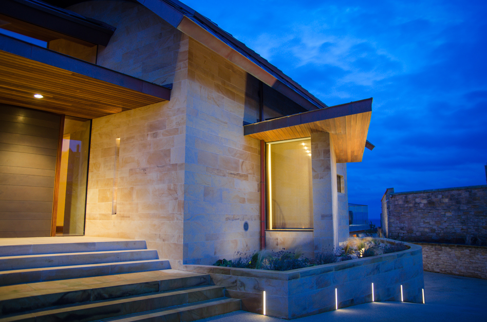 External view of Ladies Lake entrance with KKDC in wall lighting and iGuzzini wall washers