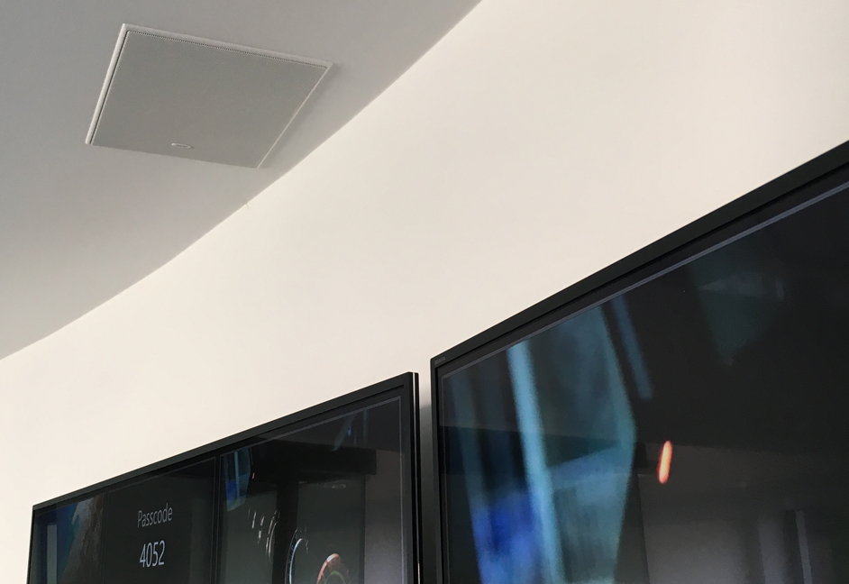 Multi screen and audio installation london meeting space