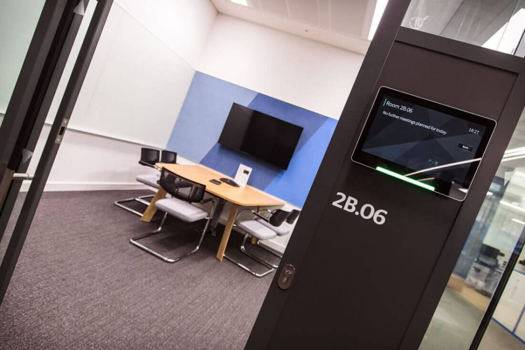 Meeting room in London using a Room booking solution from Condeco