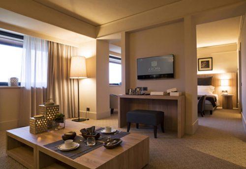 Smart hotel room screen