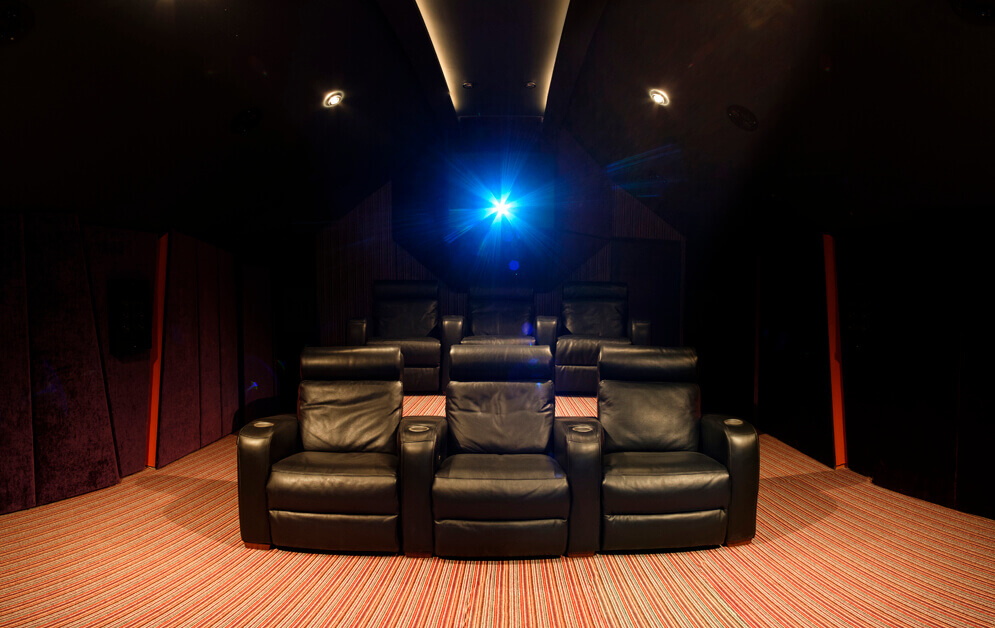 Home Cinema Bath